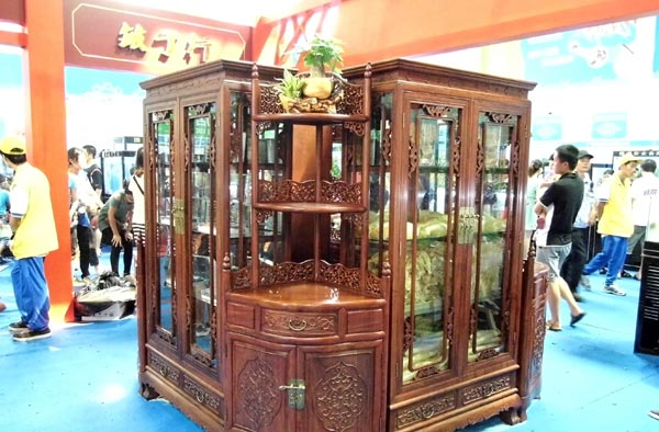 Rosewood Furniture Sellers Have A Bumper Year