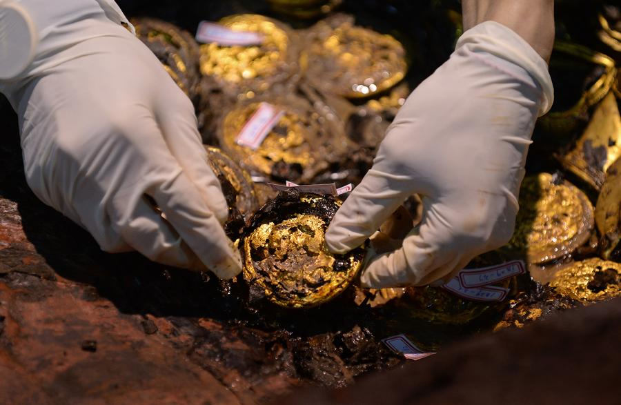 Unearthed gold cakes number rises to 285 at Haihunhou cemetery