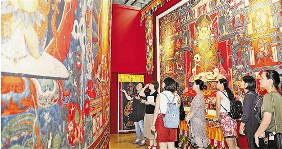 Digitalized monastery fresco brings visitors closer to Tibetan culture