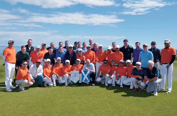 Chinese Entrepreneurs Played A Golf Game With Scottish