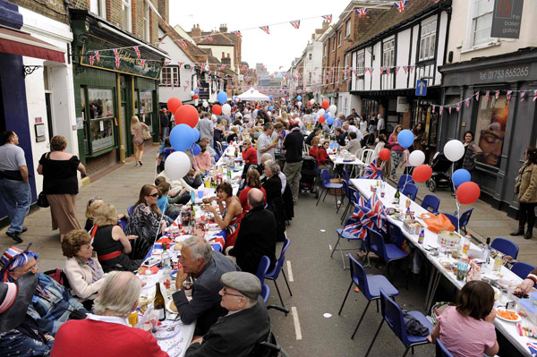 Image Result For Royal Wedding Balcony