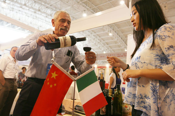 china and italy agree to boost cooperation