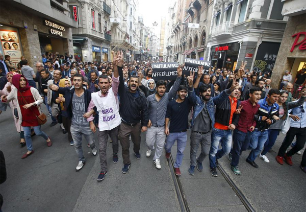 Demonstrators in central Istanbul attend a protest against Saturday's bombings in Ankara